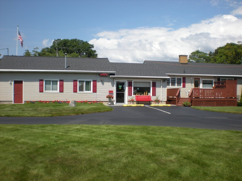 Dog Friendly Places To Stay In Ludington Michigan